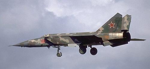 """מיג 25 היה אחד המטוסים המתקדמים והמפחידים בארסנל של ברה""""מ"""