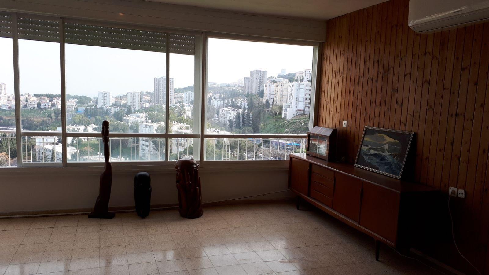 דירה למכירה אחוזה חיפה דישראלי 40 א – ללא תיווך 054-2490882
